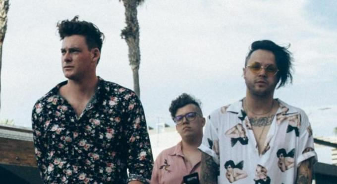 Lovelytheband at Danforth Music Hall